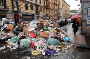 rifiuti spazzatura discarica