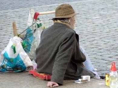 Decenni di austerità Ue hanno prodotto solo fame e recessione