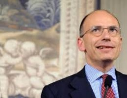 Gli interessi privati di Berlusconi fanno cadere il governo