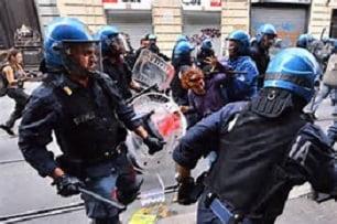 scontri polizia manifestanti facinorosi estrema sinistra