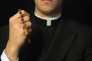 prete pedofilo condannato ad alassio ma reintegrato dalla chiesa